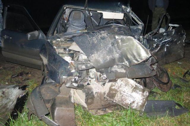 ВСуздальском районе «ВАЗ» врезался в фургон: 1 человек умер, 1— ранен